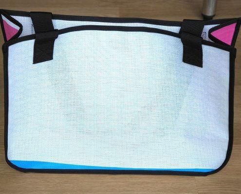 Upcycling Tasche aus wiederverwertetem Netzvinyl-Material der Stadtwerke Münster