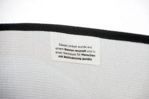 Fahne in der Recycling Tasche aus Mesh