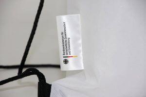 Fahnen-Etikette am Turnbeutel